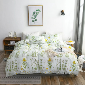 Green Leaves Design Print Queen / Double Size Bed Sheet With Duvet Cover Set of 6 Pieces