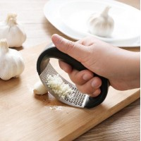 Stainless Steel Manual Garlic Press - Black