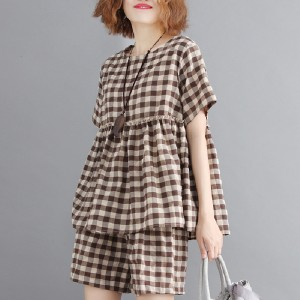Women Casual Plaid Top and Wide Leg Shorts 2 Piece Set - Coffee