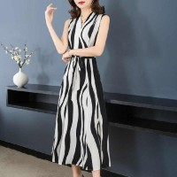 Ladies Fashion Chiffon Sleeveless Long Dress - Black And White