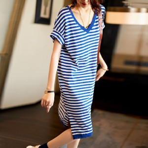 V Neck Stripes Printed Mini Dress - Blue