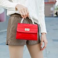 Crocodile Pattern Pearls Strip Women Messenger Bag - Red