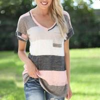 V Neck Geometric Pattern Short Sleeves T-Shirt - Pink