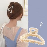 Girl Elegant Pearl Knitted Hair Clip - Beige