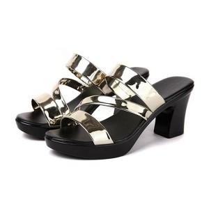 Elegant Shining Strap Thick Sole Women Square Heels - Golden
