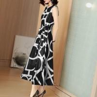 Printed Romantic Fashion Sleeveless Long Dress - Black