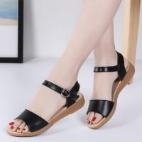 Soft Sole Closure Buckle Flat Sandal For Women - Black