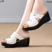Thick Sole Strap Casual Wear Women Fashion Sandals - White