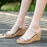 Thick Bottom Strap Slip Over Women Fashion Sandals - Golden