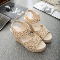 Bohemian Textured Women Fashion Velctro Closure Sandals - Golden