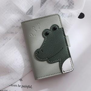 Button Closure Alligator Handheld Card Wallet - Green