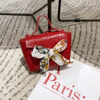 Ribbon Bow Patched Animal Pattern Messenger Bags - Red
