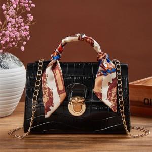 Press Lock Crocodile Pattern Chain Strap Messenger Bags - Black