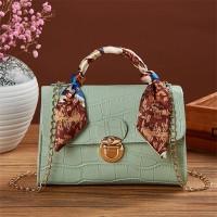 Press Lock Crocodile Pattern Chain Strap Messenger Bags - Green