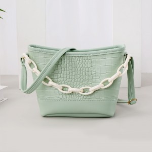 Thick Chain Handheld Synthetic Leather Messenger Bags - Green