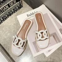 Fine Quality Flat Sole Women Fashion Slippers - White