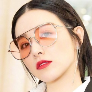 Women Fashion Metal Frame Polygon Sunglasses - Pink