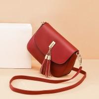 Solid Color Tassel Magnetic Closure Fancy Messenger Bags - Red