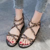 Decorative Bohemian Strap Flat Sole Women Fashion Sandals