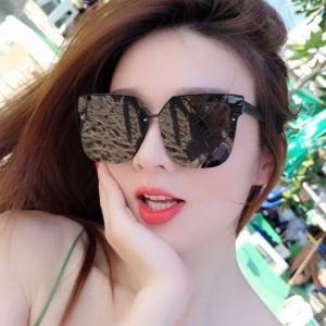 Big Frame Women Fashion Square Sunglasses - Black Gary