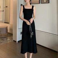 Strap Shoulder Square Neck Sleeveless Midi Dress - Black