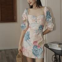 Floral Printed Sweet Heart Neck Half Sleeves Mini Dress