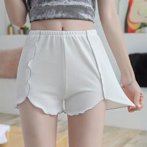 Elastic Waist Casual Wear Women Bottom Shorts - White