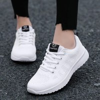 Mesh Breathable Flat Sole Sports Wear Sneakers - White