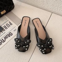 Bow Patched Pearl Decorative Flat Wear Slippers - Black