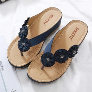 Floral Patched Thick Sole Slip Over Slippers - Blue