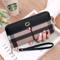Zipper Closure Checks Printed Handheld Wallet - Black