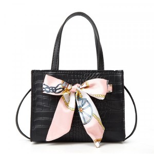 Animal Textured Ribbon Patched Messenger Bags - Black