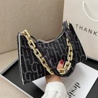 Women Fashion Shoulder Messenger Bag - Black