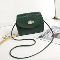 Twist Lock Crocodile Pattern Women Fashion Messenger Bags - Green