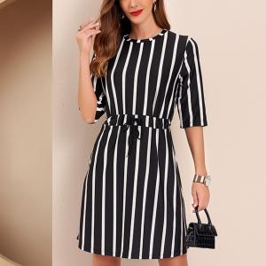 O Neck Striped Short Sleeves Mini Dress - Black