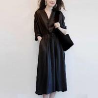 V Neck Waist Elastic Solid Color Dress - Black