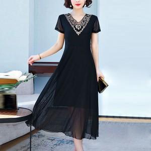 Floral Thread Art Short Sleeved Thin Fabric Elegant Midi Dress - Black