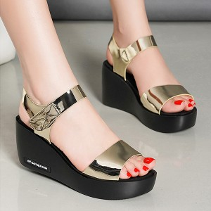Velcro Closure Shiny Thick Bottom Party Wear Sandals - Golden