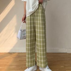 Stylish Plaid Pattern Wide Leg Casual Wear Trouser For Women - Light Green