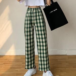 Stylish Plaid Pattern Wide Leg Casual Wear Trouser For Women - Dark Green
