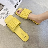 Ruffled Style Synthetic Leather Flat Wear Slippers - Yellow