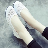 Hollow Textured Flat Wear Formal Wear Shoes - White