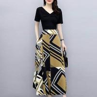 V Neck Short Sleeves Geometric Printed Full Sleeves Maxi Dress - Multicolor