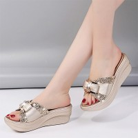 Bow Patched Thick Bottom Slip Over Party Slippers - Golden