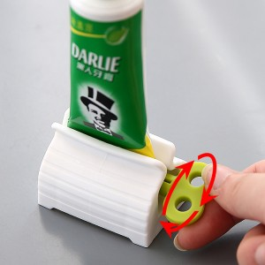 Smart Design Manual Toothpaste Tube Squeezer - Green