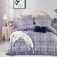 Geometric Printed Three Pieces Bedsheet With Pillow Cases Set - 220 x 230cm