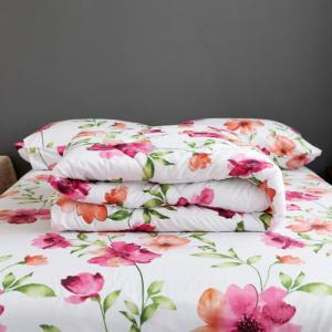 Floral Design Four Pieces Comforter Set - Multicolor
