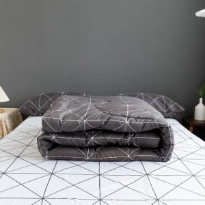 Geometric Design Four Pieces Comforter Set - Dark Gray