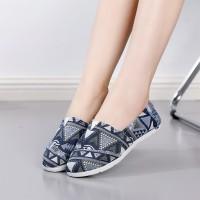 Geometric Printed Flat Wear Slip Over Shoes - Blue