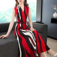 V Neck Digital Printed Sleeveless Maxi Dress - Red